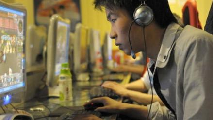 Cerca de cuatro mil personas viven en los cibercafés de Tokio