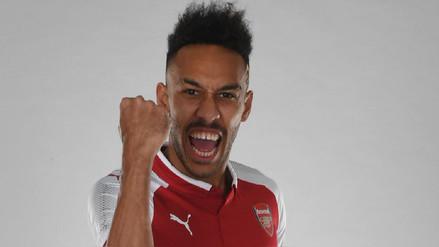 Aubameyang fue oficializado en el Arsenal por 57 millones de libras esterlinas