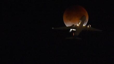 Así se vio el eclipse total de la superluna alrededor del mundo