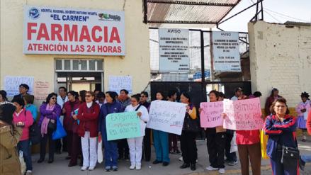 Trabajadores asistenciales protestan en contra de nuevo rol de turnos