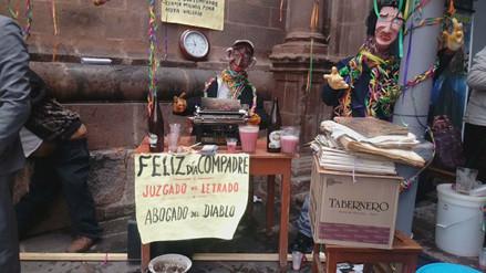 'Compadres' festejaron el inicio de los Carnavales en Cusco