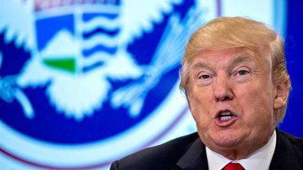 """Trump dice que quiere """"un muro real, no uno pequeño"""" en la frontera con México"""