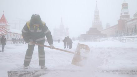 Moscú soporta la mayor tormenta de nieve jamás registrada