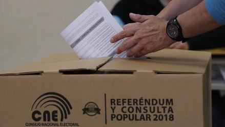 Con 74,80 % de participación se cierran las urnas de la consulta popular en Ecuador
