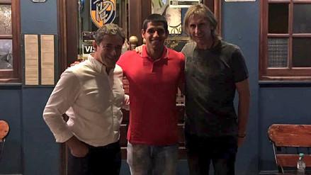 Ricardo Gareca viajó a Argentina y se reunió con Luis Abram