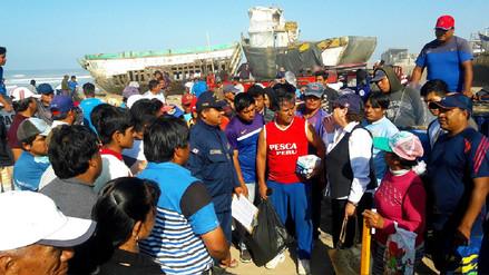 Pescadores se comprometen a limpiar las playas cada 15 días en Lambayeque