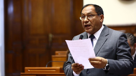 Congresista Luis Yika cuestiona a gobierno por conflictos sociales