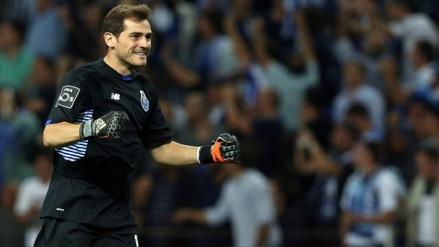 Iker Casillas cumplió cien partidos con el Porto