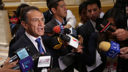 "Héctor Becerril sobre PPK: ""Sus días están contados"""