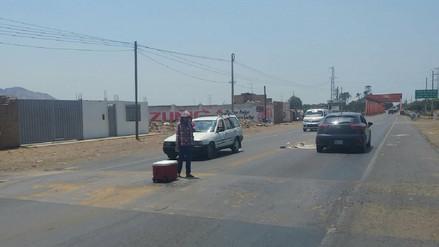 Chiclayo: menores arriesgan sus vidas vendiendo en medio de la carretera