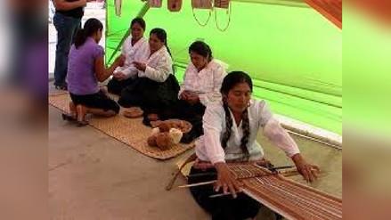 Artesanas participarán en concurso de hilado con algodón nativo