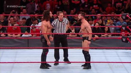 Seth Rollins y Finn Bálor clasificaron a la Cámara de la Eliminación