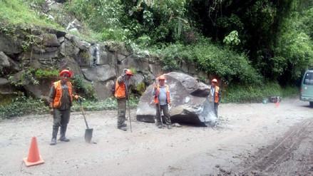 Deslizamiento de rocas interrumpió vía de acceso a Machu Picchu