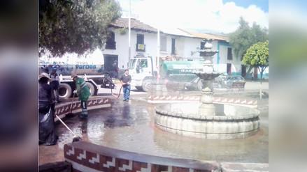 Inician limpieza de plazuelas afectadas por actividades de Carnaval