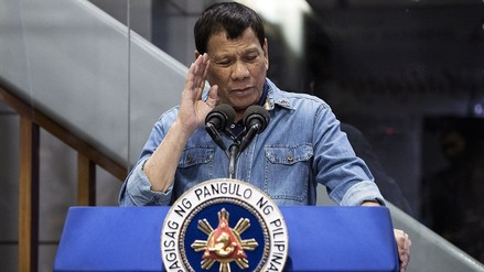 Duterte ofrece poco menos de 500 dólares por cada guerrillero comunista muerto