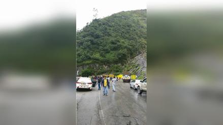 Caída de huaico bloqueó pase a la Selva Central en Tarma