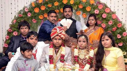 Una mujer que se hizo pasar por hombre para obtener dinero por su boda fue arrestada en la India