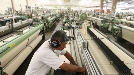 SNI: Industria cae 7% en cuatro años y se pierden más de 75 mil empleos