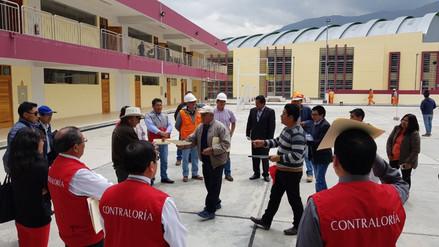 Huancayo: congresista Mario Canzio inspeccionó colegio Santa Isabel