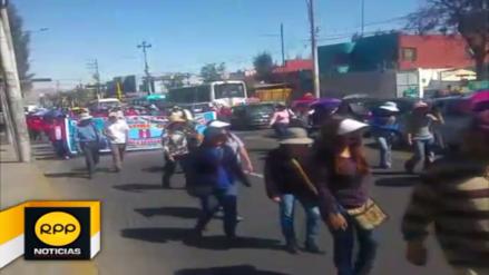 Docentes afiliados al SUTER anuncian paro de 24 horas en Arequipa