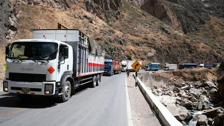 La Carretera Central está bloqueada por protestas contra peaje en Ticlio