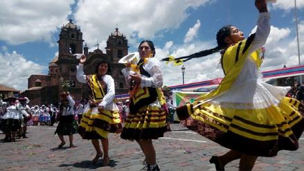 Con tradicional Kacharpari concluyeron Carnavales en Cusco