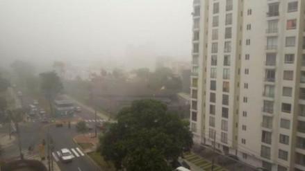 La neblina en cielo de Lima continuará durante el martes y miércoles