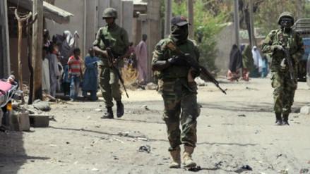 Al menos 90 estudiantes desaparecidas tras un ataque de Boko Haram a una escuela