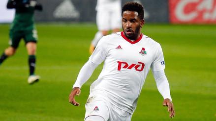 Jefferson Farfán se retiró sentido del partido entre Lokomotiv y Niza