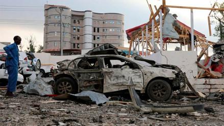 Al menos 45 muertos tras doble ataque terrorista con coches bomba en Somalia