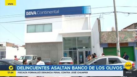 Delincuentes armados asaltaron agencia del Banco Continental en Los Olivos