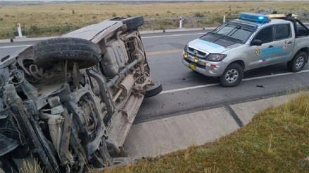 Dos muertos dejó despiste de auto en Tayacaja