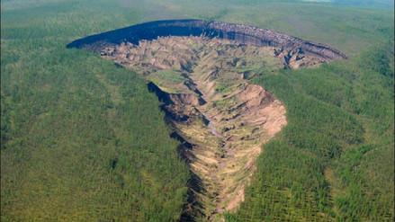 La 'Puerta al Inframundo', el misterioso cráter en Siberia que crece cada año
