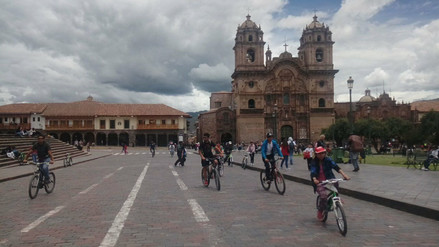 Implementan ruta para ciclistas en el centro histórico de Cusco