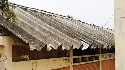 Hallan techos de asbesto y filtraciones de agua en colegio Mariscal Castilla de Huancayo