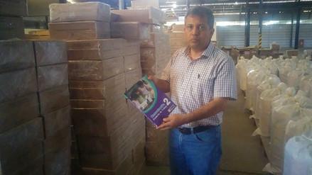 Entregan más de 250 mil textos escolares a colegios de Chiclayo para inicio de clases