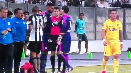 Alianza Lima sufrió la baja de Leao Butrón a poco de iniciado el partido