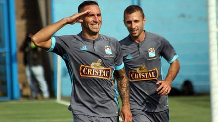Cristal goleó 5-1 a San Martín para romper su invicto y seguir como líder del Grupo A