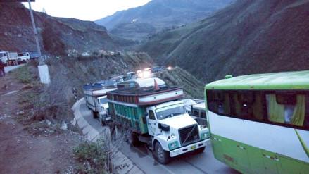 Agricultores de papa que acatan paro reabren tránsito en Otuzco