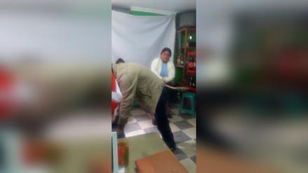Mujer castigó a su esposo luego que la pateara reiteradas veces