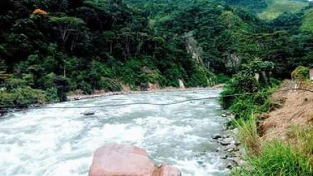 Chanchamayo: dos profesores desaparecieron tras caer auto a río Tulumayo