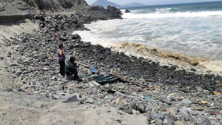 Efectivos de la policía buscan intensamente a pescador desaparecido en Chimbote