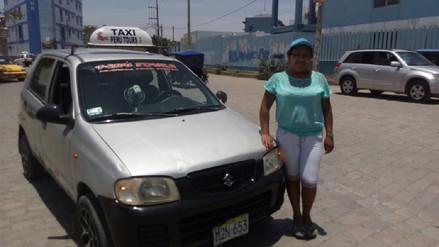 Carmen Paisig, una de las pocas mujeres taxistas en Chiclayo