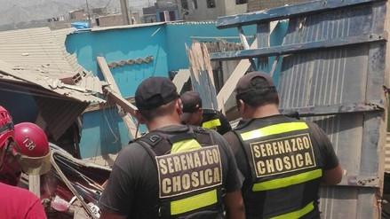 Video   Dos personas murieron tras el despiste de un camión en Chosica