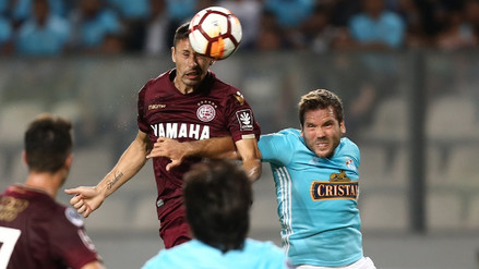 Sporting Cristal venció 2-1 a Lanús, pero no le alcanzó para avanzar en la Sudamericana