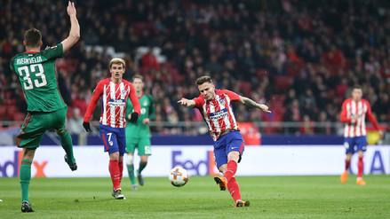Atlético de Madrid aprovechó la ausencia de Farfán y goleó al Lokomotiv