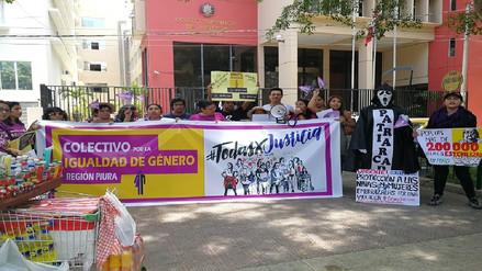 Piura: mujeres y hombres realizan plantón en el Día Internacional de la Mujer