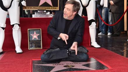 Mark Hamill reveló su estrella en el Paseo de la Fama de Hollywood
