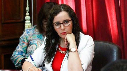 Parlamentarios de Frente Amplio y PpK piden renuncia de Rosa Bartra a comisión Lava Jato