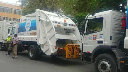 Ministra del Ambiente entregó compactadoras para manejo de residuos sólidos en Piura
